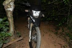 Denuncia anônima leva PM a recuperar duas motocicletas roubadas no bairro Pedreira