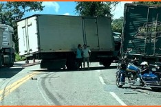 Acidente grave deixa dois feridos e interdita a BR-381, em Sabará