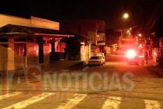 Briga entre mulheres faz filho sair em defesa da mãe e atirar contra a outra em um bar no bairro Praia