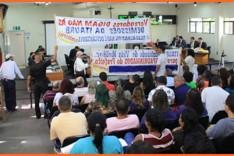Protesto de servidores da Itaurb causa encerramento da reunião da Câmara