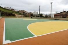 Melhoria – Prefeitura reforma quadras esportivas nos bairros Santa Tereza e Machado