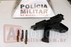 Homem é preso com uma pistola 380 carregada com a numeração raspada em Ferros