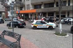 Policia Militar de Barão de Cocais evita assalto dentro de banco e prende suspeito