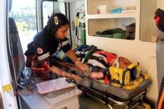 Colisão entre carreta e Gol deixa adolescente ferido Trevo de acesso a Barragem Santana na MG-129