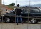 HOMEM É ENCONTRADO MORTO DENTRO DE CARRO NO BAIRRO BALSAMOS