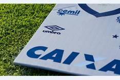 Cruzeiro e Umbro apresentam terceiro uniforme celeste