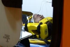 Inexplicável: Homem é retirado de dentro de um bueiro onde permaneceu preso por 6 horas no Gabiroba