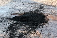 Prefeitura reinicia operação tapa-buracos