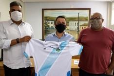 Café com o presidente: Vetão recebe dirigentes da Liga Itabirana para conhecer dificuldades da entidade