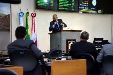 Paulo Soares usa tribuna da Câmara e lembra Dia do Minerador