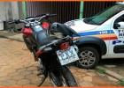 PM recebe denuncia e localiza motocicleta Honda XRE-300 roubada na rua Jatobá na Vila São Geraldo