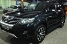 Foi furtada no bairro Praia em Itabira um Toyota Hilux SW4 Placa OLR-4755