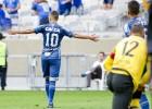 Com golaço de Arrascaeta, Cruzeiro vence o Atlético-PR no Mineirão