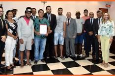 Time de futebol é homenageado pela Câmara de São Gonçalo