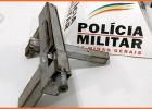 Polícia Militar apreende arma de fogo em casa abandonada no bairro Boa Esperança