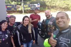 Grupo de motociclistas monlevadense entrega doações ao GAVE