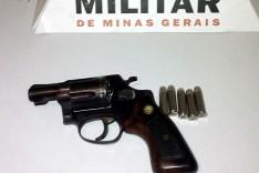 Homem é preso com revolver carregado durante operação da Policia Militar em Passabém
