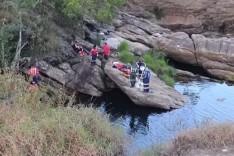 Durante fuga de ataque de abelhas casal morre afogado em cachoeira de Barão de Cocais