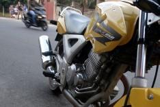 Motocicleta tomada de assalto de casal no loteamentos Jardim Buritis é encontrada pela PM