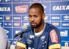 Cruzeiro confirma lesão no joelho de Dedé, que para por seis semanas