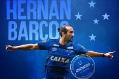 Cruzeiro confirma a contratação do atacante Hernán Barcos
