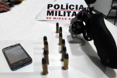 PM prende ex-presidiário que ganhou liberdade a menos de um mês com revolver no bairro Praia