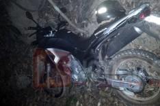 PM de Ferros localiza blusa e motocicleta XRE-300 usada no assalto a casa lotérica de Ferros