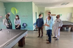 Marco Antônio Lage visita Aposvale e lança proposta de parceria com a entidade