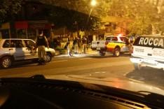 Duas jovens são assaltadas bem no centro da cidade por três adolescentes