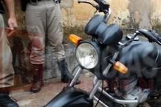 Denuncia anônima ajuda PM a localizar moto com placa adulterada na Vila Amélia