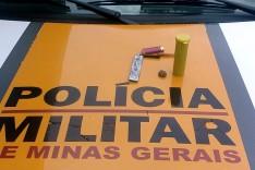 Rodoviários prende motorista de escolta de São Paulo com maconha e sem licença de veículos em Itabira