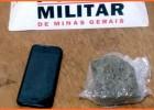 Policiais Rodoviários prendem jovem e apreende tablete de maconha na MG-129 em Santa Barbara