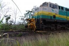 Pescadores bloquearam linha férrea da Estrada Vitoria Minas em protesto no Espirito Santo