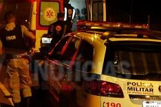 Homem de 22 anos é baleado em frente residência no bairro Santo Antônio