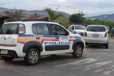 PM age rapido e consegui prender um maior e apreender dois menores acusados de roubo de veiculo no bairro Ribeira de Cima
