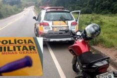 Rodoviários mantendo as abordagens nas rodovias prendeu um homem com um pino de cocaína
