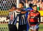 Galo vence de virada em Goiânia e reage no Brasileirão