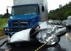 COLISÃO ENTRE CARRO DE ITABIRA E CAMINHÃO DEIXOU UM MORTO NA BR-381 EM BOM JESUS DO AMPARO