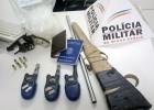 PM REALIZA OPERAÇÕES BATIDAS POLICIAL EM DIVERSOS PONTOS DA CIDADE E APRENDE ARMA, DROGAS E RÁDIOS DE COMUNICAÇÃO