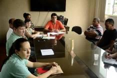 Prefeito Antônio Carlos participa de reunião