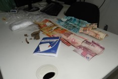 PM prende jovem suspeito de trafico de drogas no bairro Bela Vista
