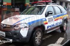 Bandido simula estar armado e assalta loja no Centro em plena luz do dia em Itabira