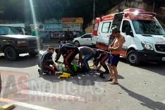 Mais um acidente na rotatória da Avenida Ipiranga entre motocicleta e caminhonete