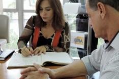Dalma Barcelos renuncia aumento de salário