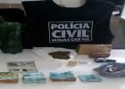 PC PRENDE AUTOR DE FURTO RECUPERA R$16.000,00 E APREENDE DROGAS EM CAPELINHA