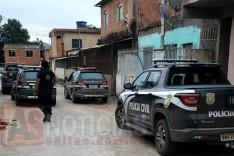 """Operação """"Turbulência"""" prende 14 por tráfico de drogas em Manhuaçu"""
