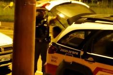 PM prende jovem de 18 anos suspeito de trafico de drogas no bairro Água Fresca
