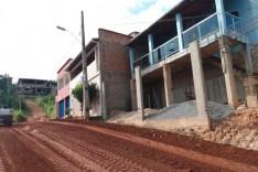 Obras – Prefeitura pavimenta e melhora o acesso em diversas ruas do bairro Gabiroba