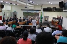 Vereadores aprovam transferência de dinheiro para escolas municipais