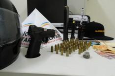 PM prende foragido em perseguição no bairro São Bento com pistola 9 mm em Itabira